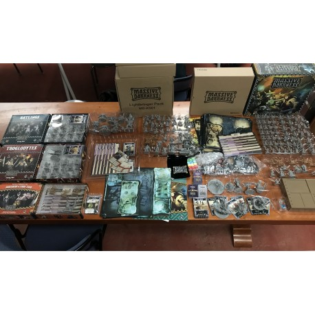 tres gros lot jeux de societes CONAN monolith extention pack de base ect francais King Pledge