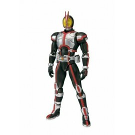 BANDAI S.H Figuarts Figurine Articulée masked rider kabuto