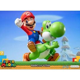 F4F first 4 figure Super Mario statuette Mario & Yoshi 48 cm